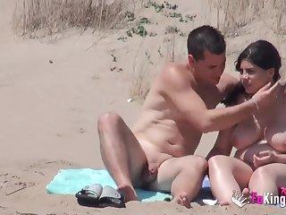 Hot sex on hammer away public beach