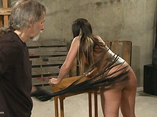 Submissive brunette MILF gets literal to get her round irritant spanked