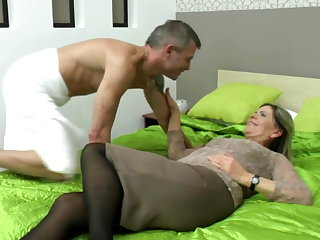 Sexy grandma suck together with fuck unlucky boy