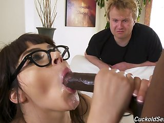 Young babe gets hard fucked in a superb lodging cuckold play