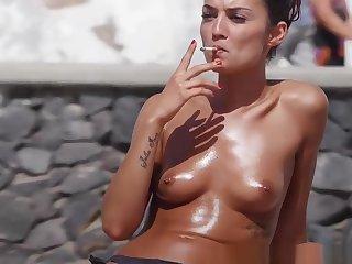 Go-go Bikini Teens Beach Voyeur Video HD