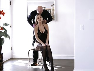 Jaw dropping blonde with huge pair and yummy booty Kenzie Taylor gets laid