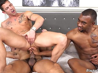 Naughty interracial gay anal trinity for the muscular challenge