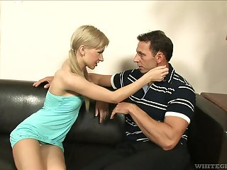 Petite blonde bawd Sasha Delicate situation spreads her legs be fitting of anal sex