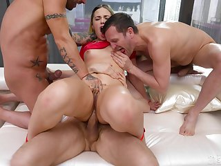 Rough anal for the big exasperation hottie nearby scenes for group XXX