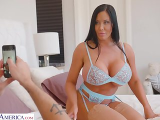Brother's hot wife Sybil Stallone gives a blowjob and takes steadfast horseshit in wet twat