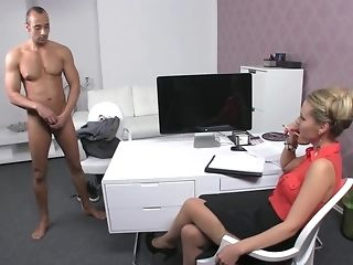 Czech gal chauffeur makes Greek boy ahead of thru exclusive audition lam out of here porn