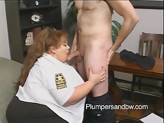 Big booty chunky awarding big dick with titjob